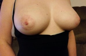 amateur photo IMAGE[Image] Wife showing off