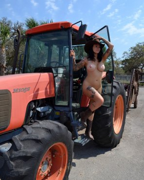 amateur photo On the tractor