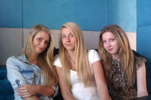 amateur photo Three pretty girls