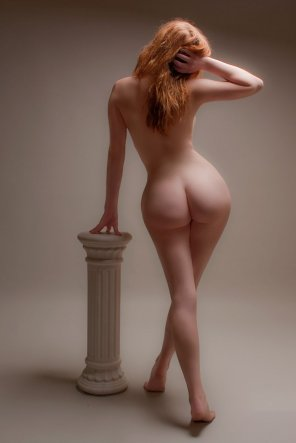 amateur photo Pear shaped curvy