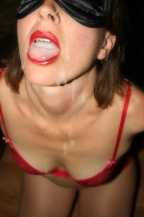 amateur photo Drippy Mouthful