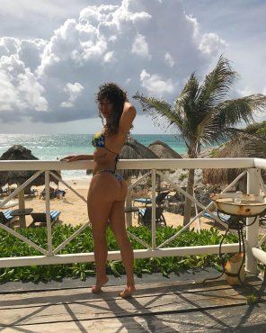 amateur photo Balcony Babe