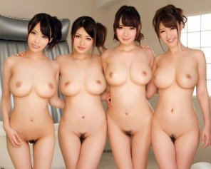 amateur photo four asian beauties