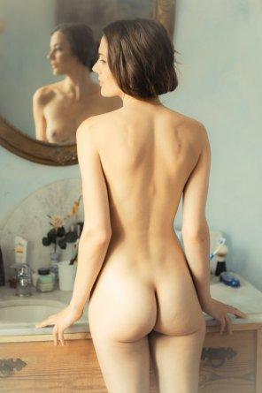amateur photo Hourglass