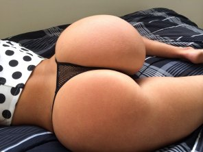 amateur photo do u like it really round?!