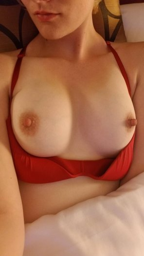 amateur photo [F] Wishing somebody would suck on my nipples tonight.