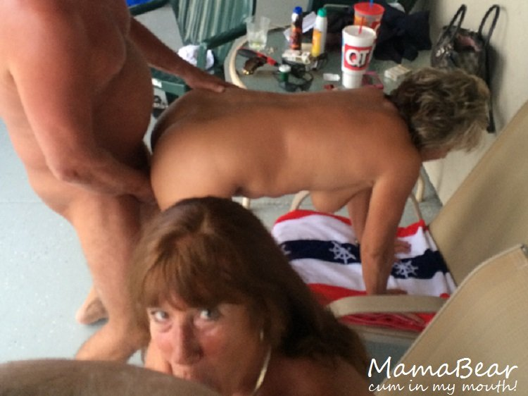 Cumming in Mamas mouth! Porn Photo