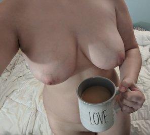 amateur photo Co[f]fee tastes better naked