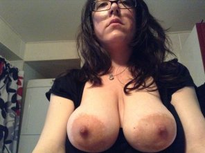 amateur photo PictureTittymom has big nipples