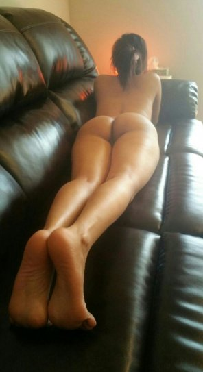 amateur photo Leather couch
