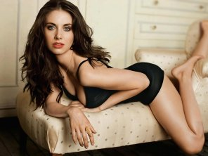 amateur photo Allison Brie