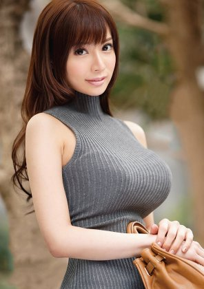 amateur photo Serious Sweatermeat