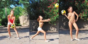 amateur photo Strip Volleyball??