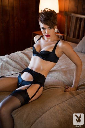 amateur photo Britt Linn in black lingerie and stockings