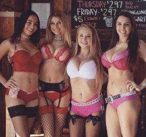 amateur photo Waitresses