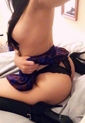 amateur photo Under my skirt 😋💖 [F][24]