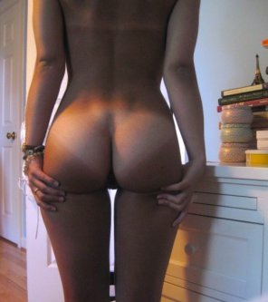 amateur photo Love her Tanlines
