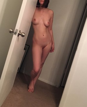 amateur photo who else has unexpectedly [f]ucked a house guest?