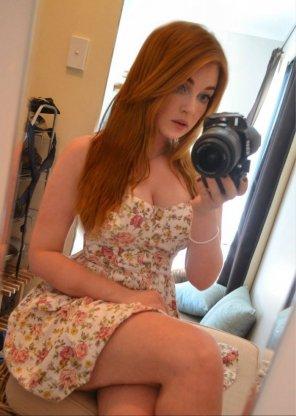 amateur photo DSLR Selfie