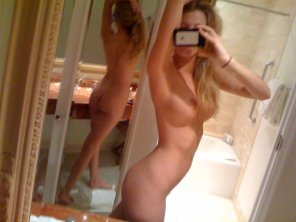 amateur photo amazing [f]ront and back, thanks mirror.