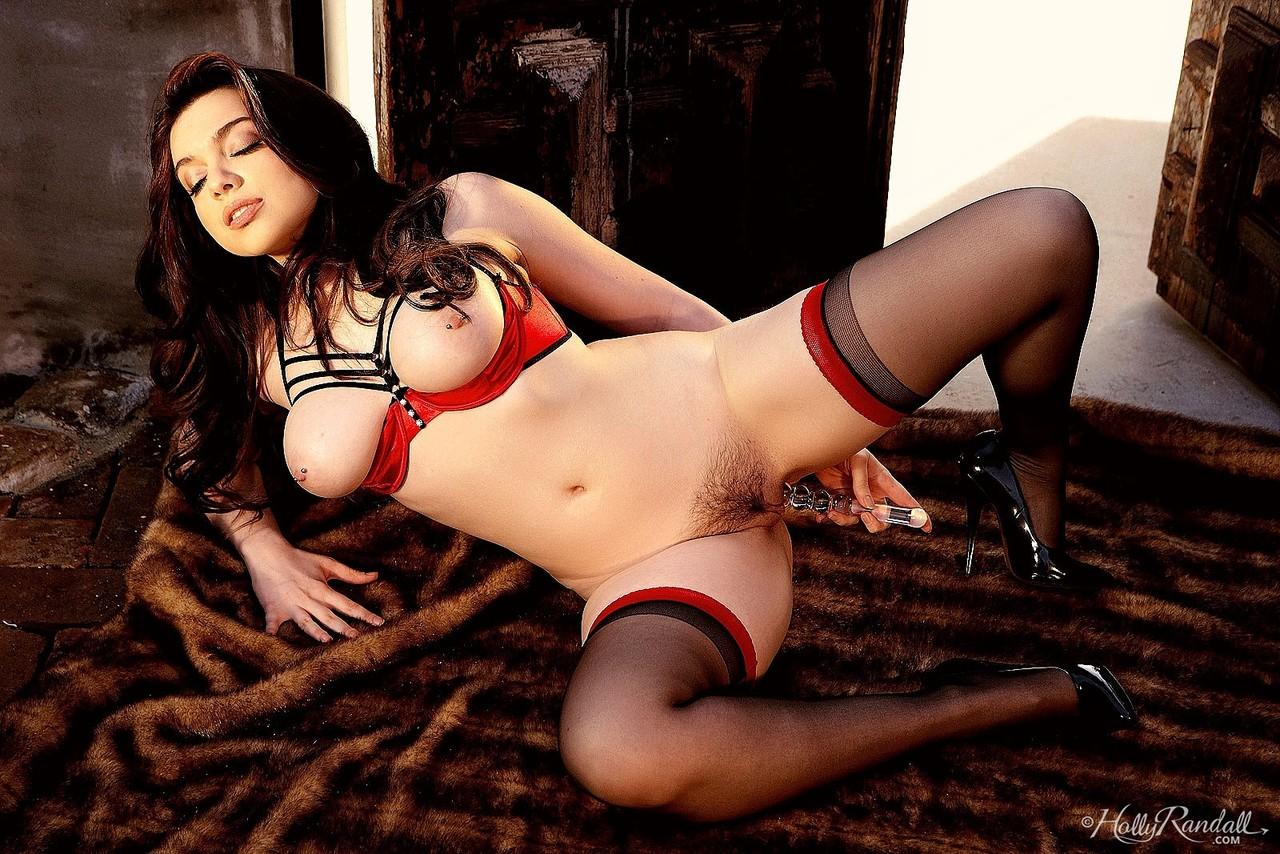 Sarah Hunter Nude