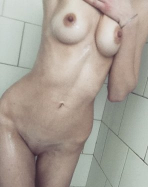 amateur photo [f]Will You clean Me Good??