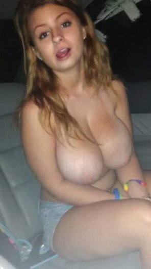 amateur photo Back seat fun