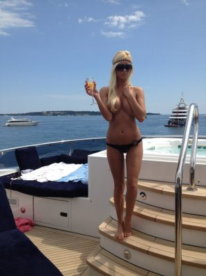 amateur photo Topless on a boat