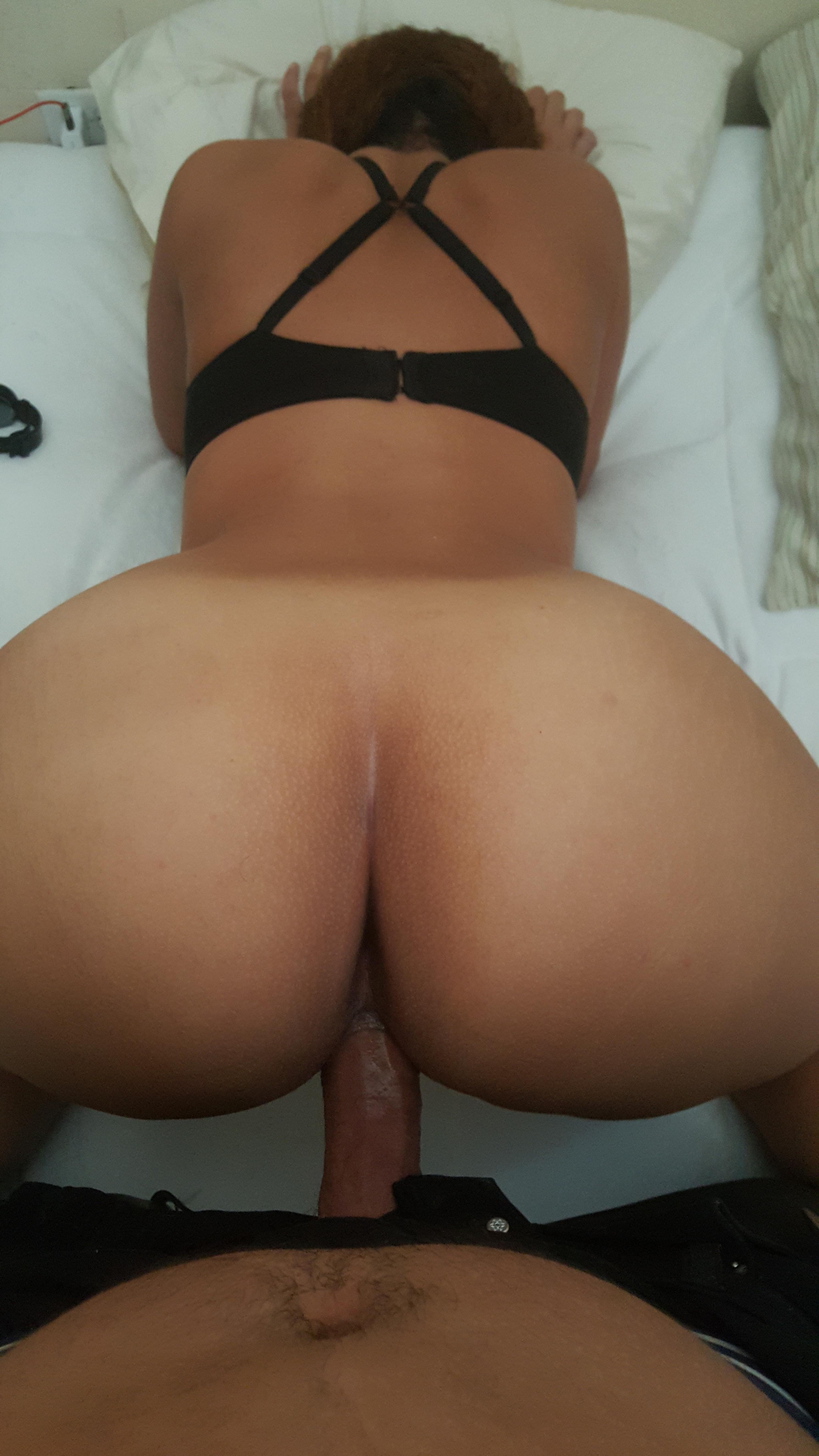Pictures of chelsea handler nude