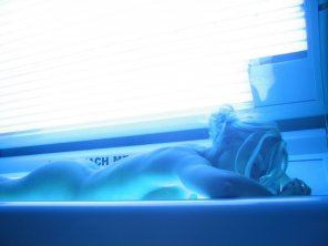 amateur photo Nude tanning