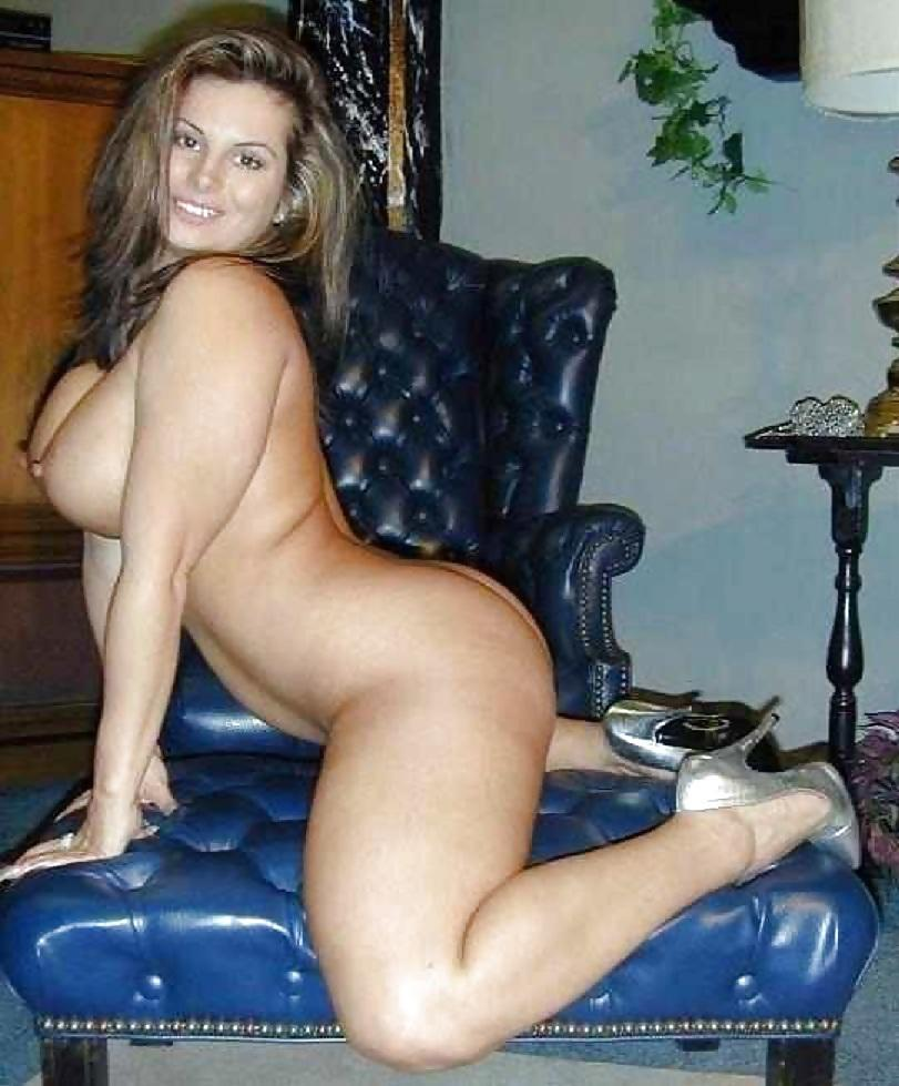 thick amateur white girl nude