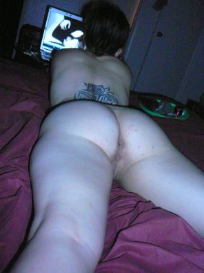 amateur photo Prone Ass