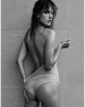 amateur photo Alessandra Ambrósio