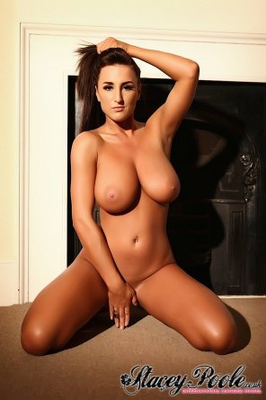 amateur photo Stacey Poole naked on her knees