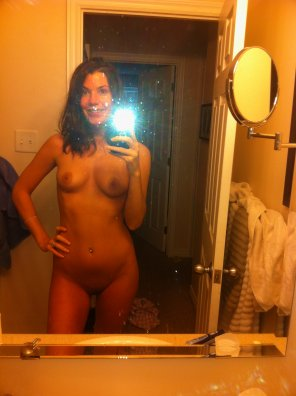 amateur photo Plain naked selfie