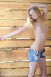 amateur photo Pale russian-girl-naked