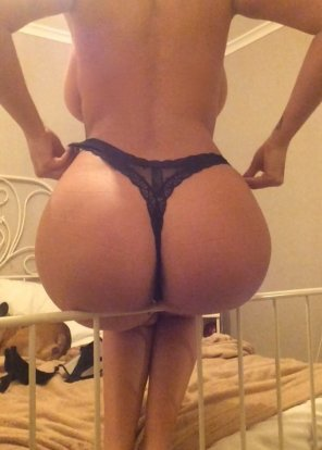 amateur photo Big booty and sidewinders