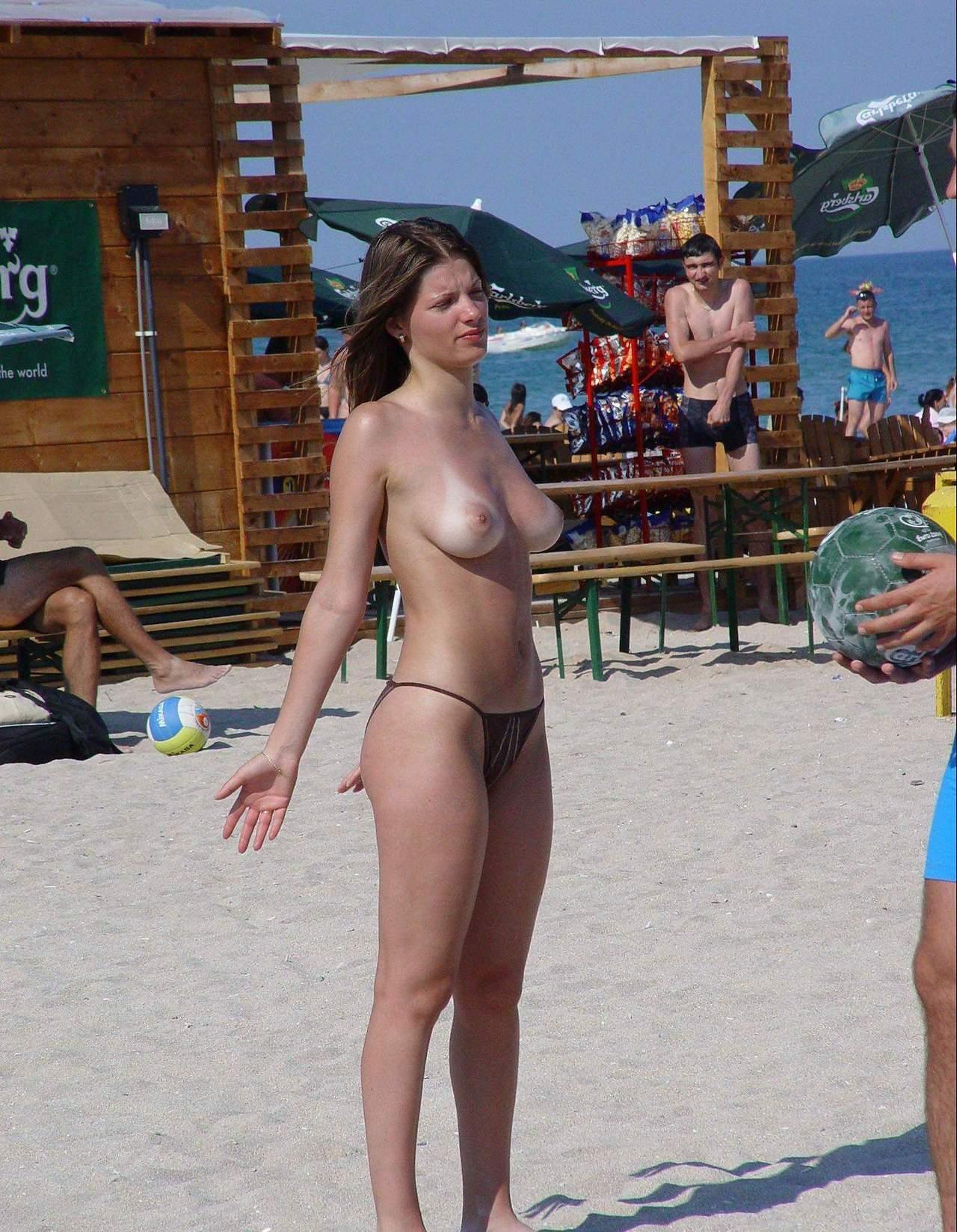 Nudist tan line