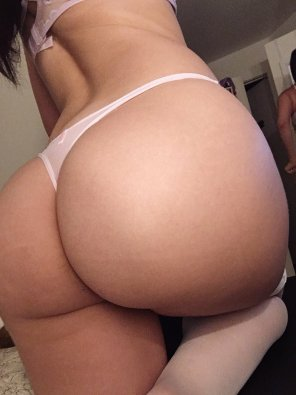 amateur photo Joseline Kelly Booty