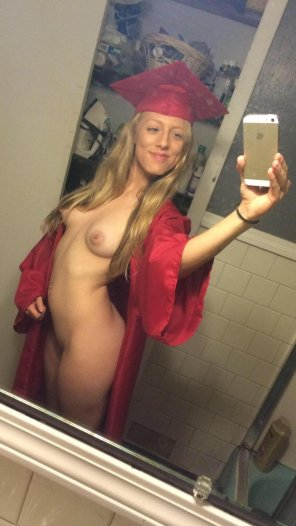 amateur photo Cap and gown