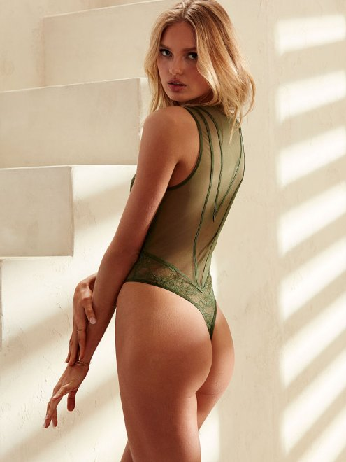 Romee Strijd Porn Photo