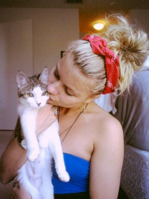 amateur photo Girl and her cat