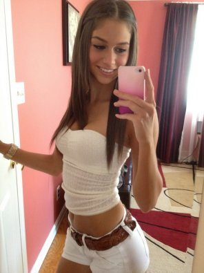 amateur photo White shorts