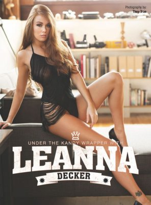 amateur photo Leanna Decker - Kandy Magazine - Album in coments