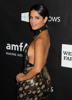 amateur photo Rocsi Diaz at amfAR gala with sideboob