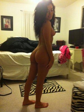 amateur photo Short girl