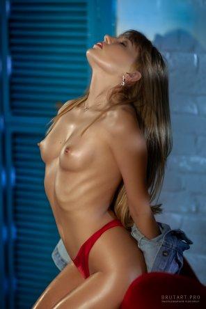 amateur photo Red Panties
