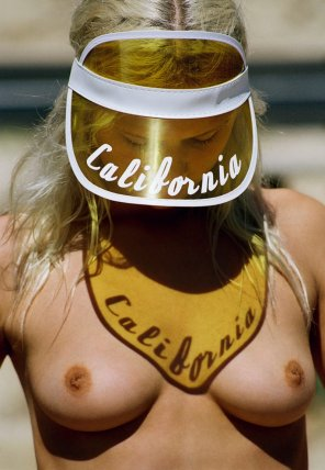 amateur photo California visor