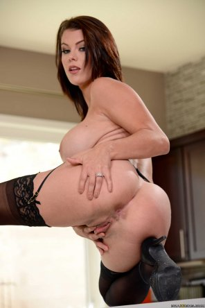 amateur photo Peta Jensen