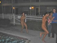 Streaking girls